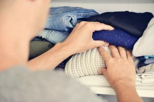Griff in den Kleiderschrank